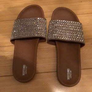 Super cute sparkly slides! Only worn once.